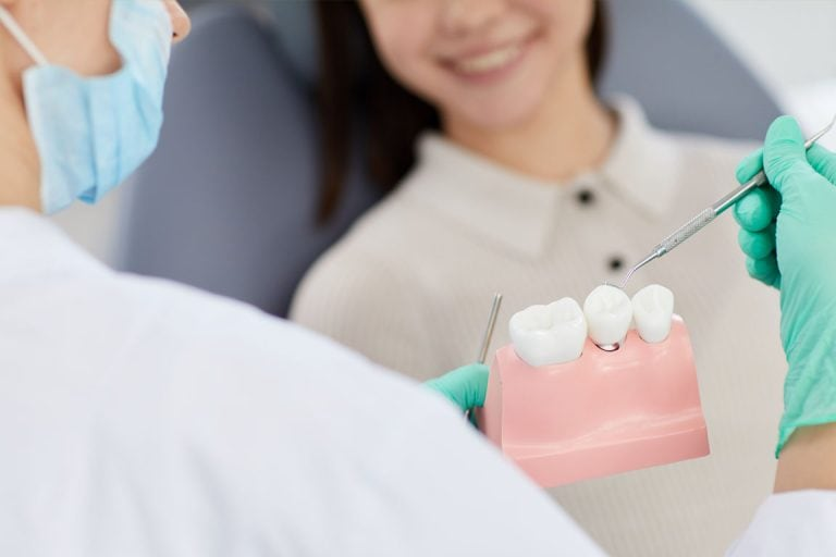 Implantate zaubern Ihr Lächeln zurück!